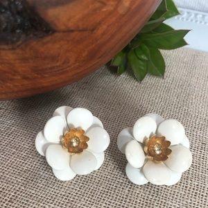 Sarah Coventry Vintage White Flower Earrings